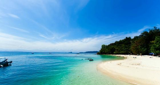 Mengalum Island 環灘島